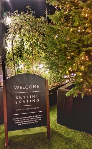 skyline_skating_sipsmith_london_gin_01.jpeg